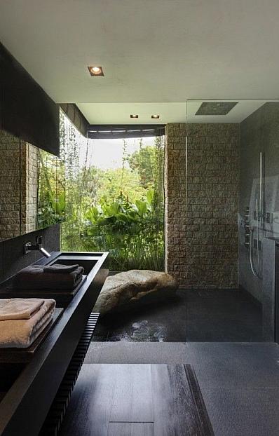 панорамное окно в санузле