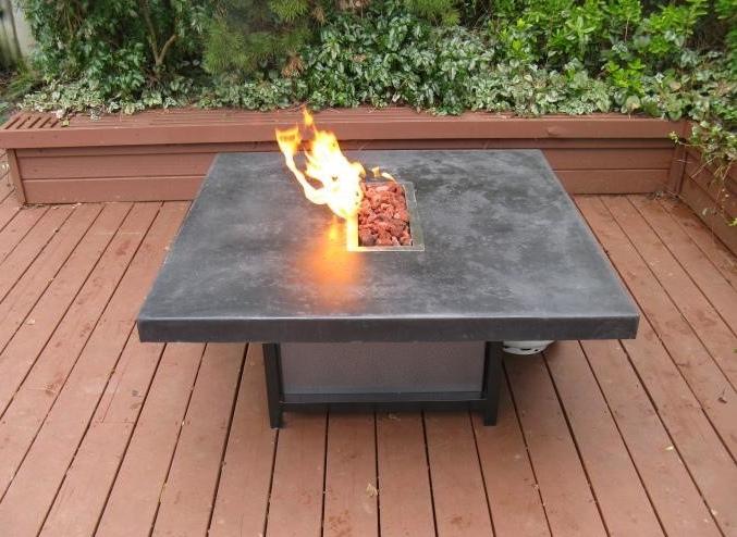 стол с грилем