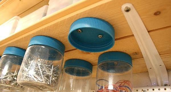 хранение инструмента гвозди шурупы саморезы